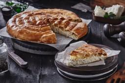 Бурек с сыром и зеленью