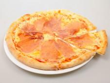 Пицца Крудо.